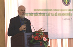 Norman Uphoff at the IRC 2010 SRI Day in Hanoi